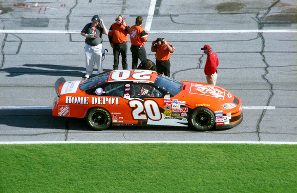 NASCAR Cup Series Tony Stewart 20 Home Depot Pontiac Grand Prix qualifying 2003 Daytona 500